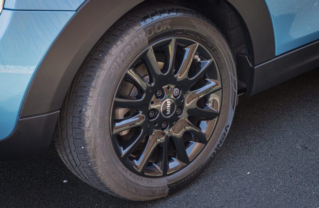 Half cleaned wheel